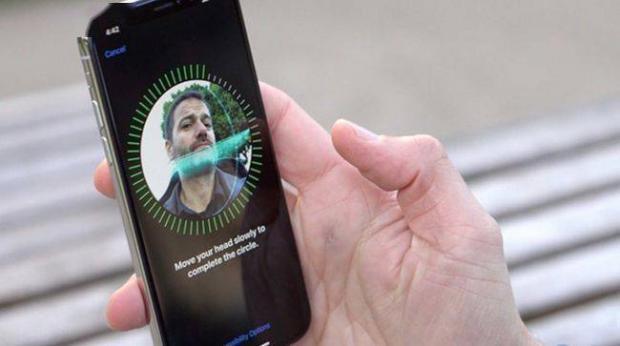روش فعال سازی و استفاده از تشخیص چهره یا فیس آی دی آیفون