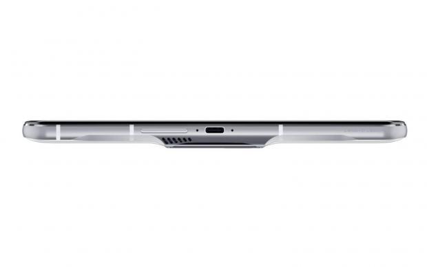 لنوو لیجن فون دوئل ۲ با فن و باتری دوقلو معرفی شد؛ نهایت قدرت گیمینگ!