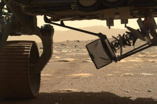 پهپاد نبوغ ناسا به زودی اولین پرواز خود در مریخ را انجام میدهد
