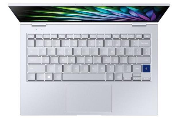 سامسونگ از لپ تاپ گلکسی بوک فلکس ۲ آلفا با یک نمایشگر ۳۶۰ درجهای رونمایی کرد