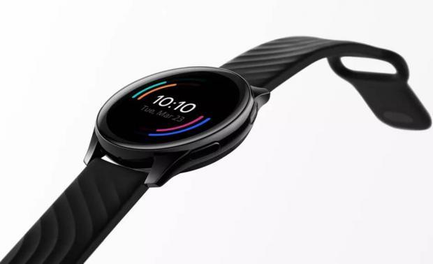 هرآنچه که لازم است درباره ساعت هوشمند وان پلاس بدانید