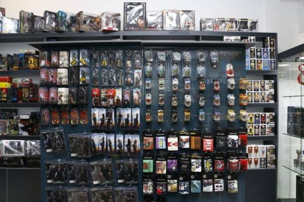 فروشگاه اکشن فیگور