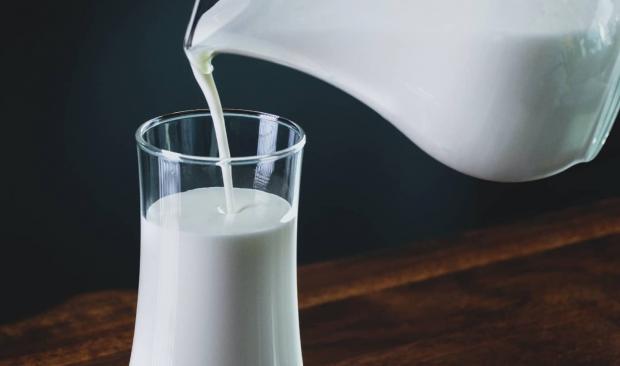 نوشیدن شیر پاستوریزه طول عمر را کم میکند