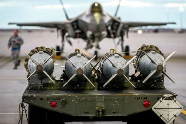 بمب های هوشمند نیروی هوایی آمریکا حالا با یکدیگر صحبت میکنند!