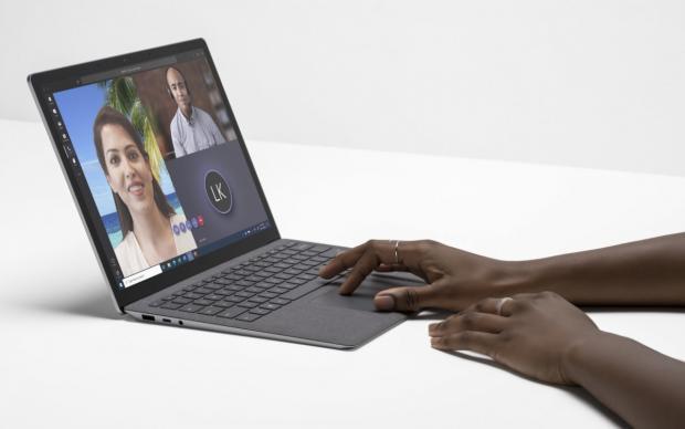 مایکروسافت سرفیس لپ تاپ ۴ با دو پردازنده AMD و Intel معرفی شد