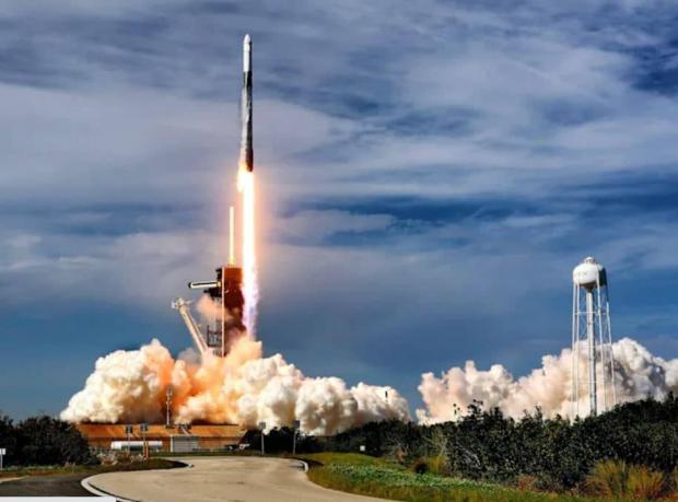 جدیدترین پرتاب استارلینک ۵۲ ماهواره اینترنتی اسپیس ایکس را به مدار زمین برد